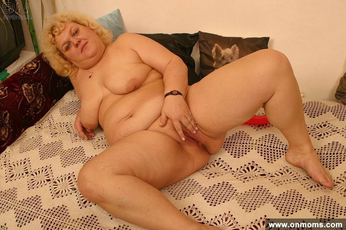 Толстые тетки пазируют раком 21 фотография