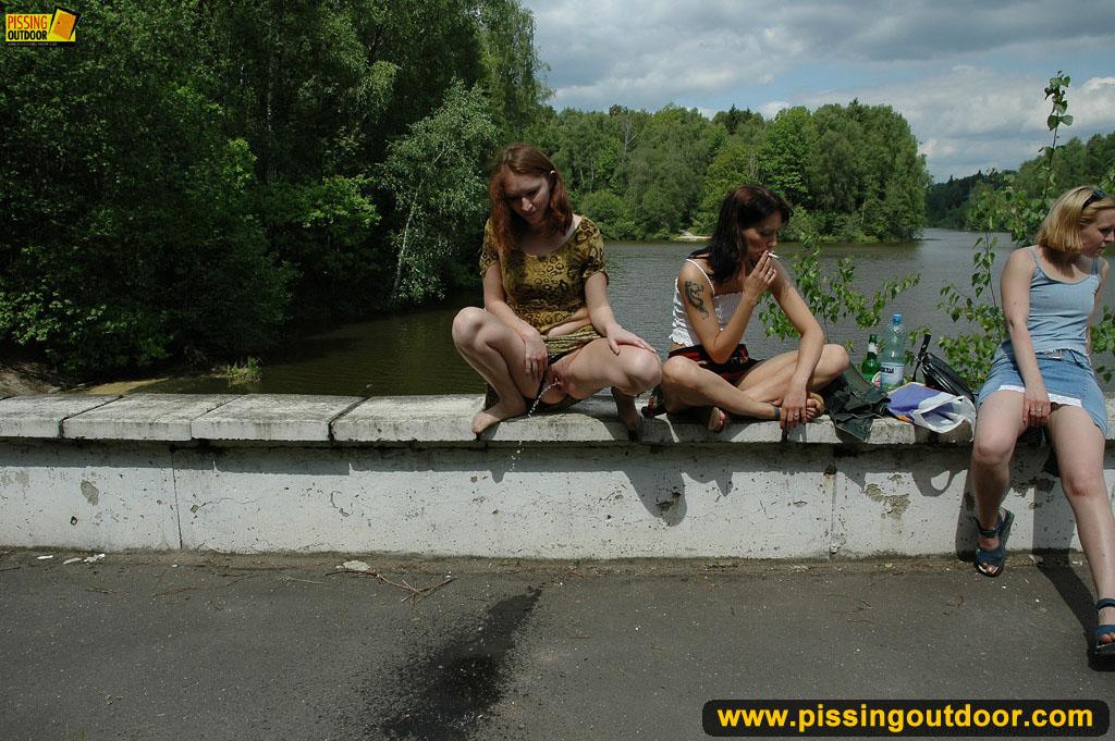 Русские студенты писают и трахавются 17 фотография