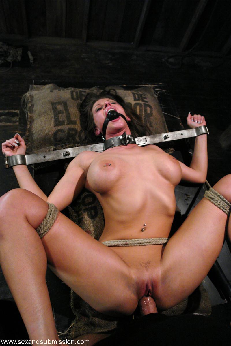 Сеск с наручниками 24 фотография