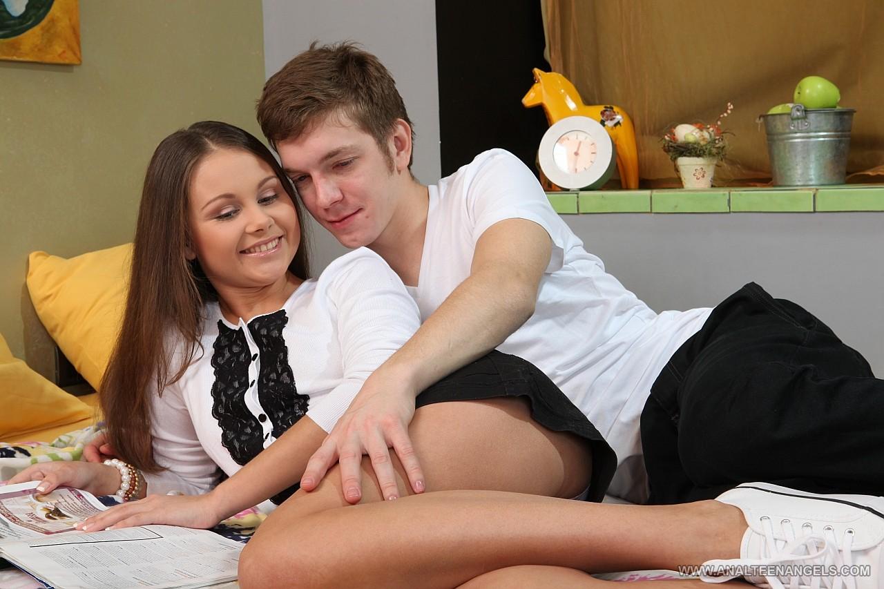 Русский парень и девственница 27 фотография