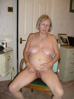 mature slut - N