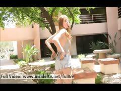 bethany-amateur-redhead-babe-walking-naked-in-public