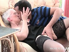 mature-slut-gets-pussy-teased-on-a-chair