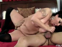 bbw-alexis-gives-that-cock-a-workout