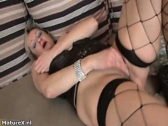 dirty-mature-woman-goes-crazy-part2