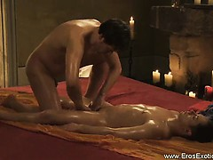 tantra-massage-between-friends-is-nice