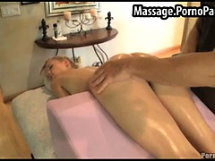 blonds-pussy-exposed-during-massage
