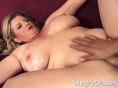 large-mature-divorcee-fucks-new-guy