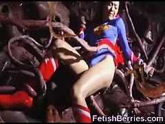 supergirl-prisoner-of-tentacles
