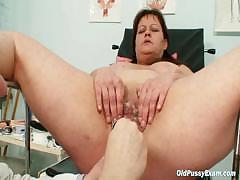 big-tits-mom-real-gyno-check-up