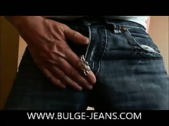 sexy-bulge-jeans