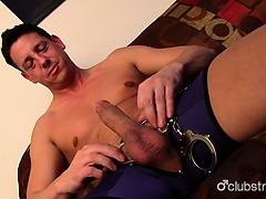 hot-straight-guy-ryan-masturbating