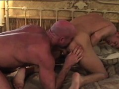 hot-guy-fucked-by-big-mature-bear