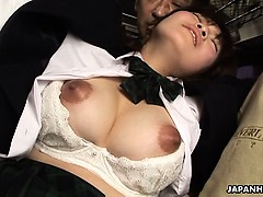 japanese-schoolgirl-yayoi-yoshino-fucked-in-bus-uncesnored