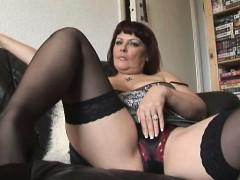 big-tits-mature-curvy-babe-solo-striptease