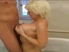 older-babe-big-tits-and-oral-sex-to-help-her-sore-hip