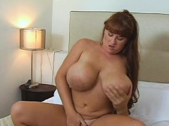 big-tits-girl-brandy-dean