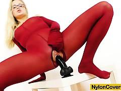 blonde-dildoing-herself-in-pantyhose