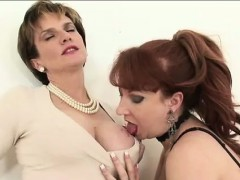 lady-sonia-sucks-lesbians-tits