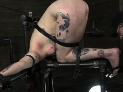 bdsm-sub-mollie-rose-getting-whipped