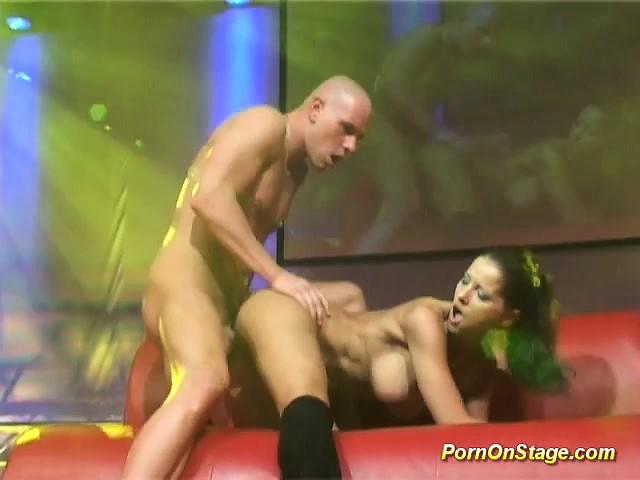 polnometrazhniy-porno-zarubezhnie