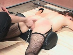 sex-slave-in-stockings-fucked-with-vibrator-and-chained