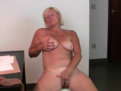 office-granny-in-pantyhose-gives-her-old-pussy-a-treat