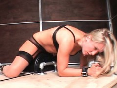blonde-sex-slave-in-chains-fucked-by-a-machine-cums-hard