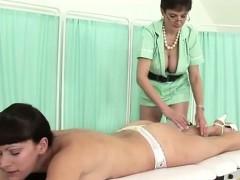 lady-sonia-massages-highheeled-babe