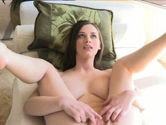 hotty-is-masturbating