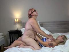 granny-lesbian-sex-mature-sex