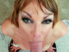 Mature Deep Throat Facial