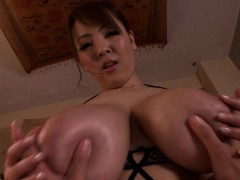 huge-titted-hitomi-tanaka-gives-sensual-pov-massage