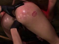 femdom-strapon-lesbians-bang-tied-up-sub