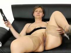 Juicy Czech Wifey Iva Gets Plenty Pervy Wit Her Toy