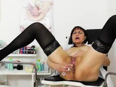 hot-head-caretaker-puts-her-mouth-and-her-charming-pussy-to