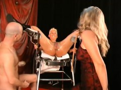 extreme-mature-double-fisted-in-her-gaping-twat