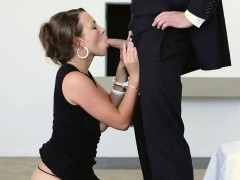 breathtaking-girl-gets-her-pussy-devoured-by-hunk