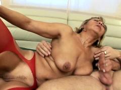 horny-guy-spreads-pussy-lips