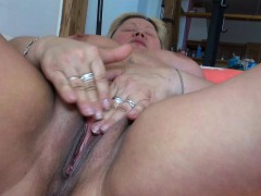 fat-blonde-step-mom-doing-young-girl-with-dildo