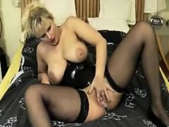 european-milf-with-a-creamy-pussy-masturbates