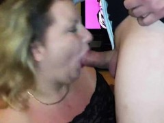 amateur-chubby-milf-blowjob-and-swallowing