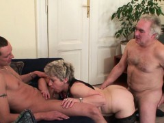 Old threesome orgy after fuckbox masturbating