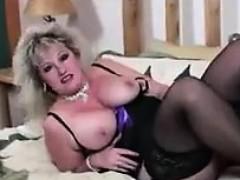 thick-mature-slut-in-black-stockings