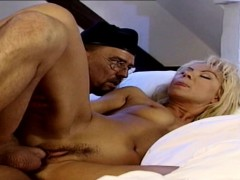 german-vintage-sexy-milf-wake-up-with-fuck-by-big-dick