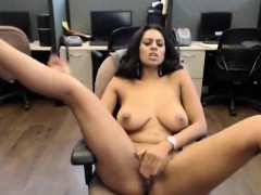stunning-indian-webcam-girl-with-big-tits-at-the-office