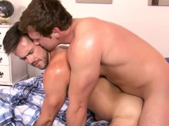 connor-drilling-his-big-cock-in-mikes-sweet-and-tight-ass