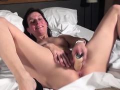 busty-wife-real-orgasm