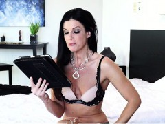 busty-housewife-india-summer-takes-some-time-after-filming