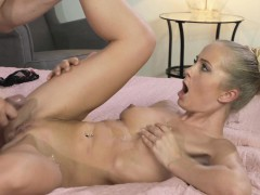 mom-tight-blonde-woman-cant-say-no-to-cock